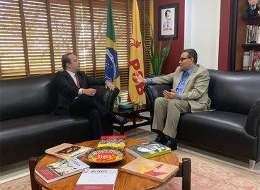 Presidente nacional do PSB enaltece liderança de Valadares Filho