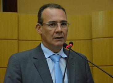 Zezinho Sobral lamenta falecimento da mãe de ex-deputado Renato Brandão