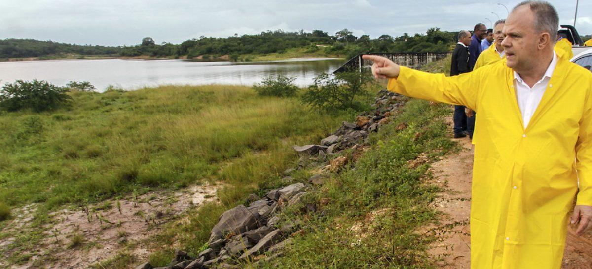 """""""A Barragem do Poxim não corre o menor risco de rompimento"""", disse Belivaldo durante inspeção"""