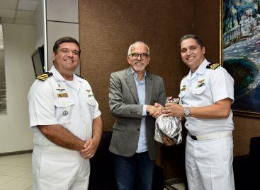 Edvaldo recebe novo comandante da Capitania de Portos de Sergipe
