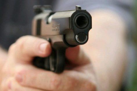 Homem entra em confronto com a polícia e morre em Canindé de São Francisco