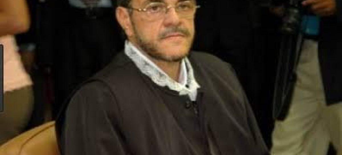 Tribunal de Contas pode decidir nesta quarta sobre a volta de Flávio Conceição