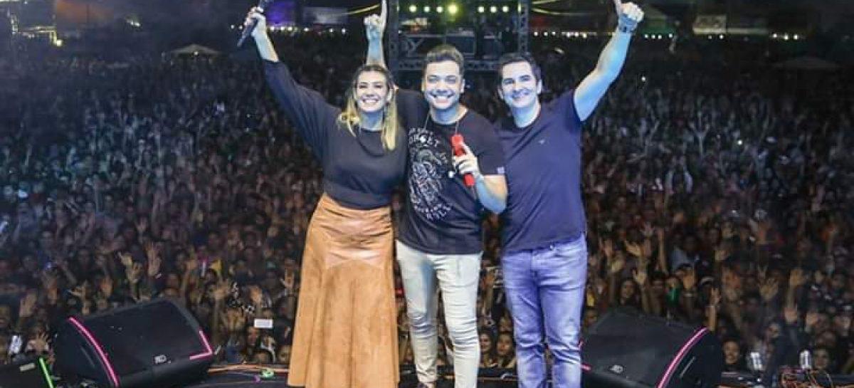 Gustinho Ribeiro acompanha em Lagarto o maior evento junino do estado