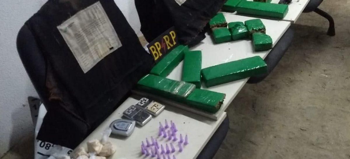 BPRP apreende coletes balísticos, drogas, balanças de precisão e arma de fogo