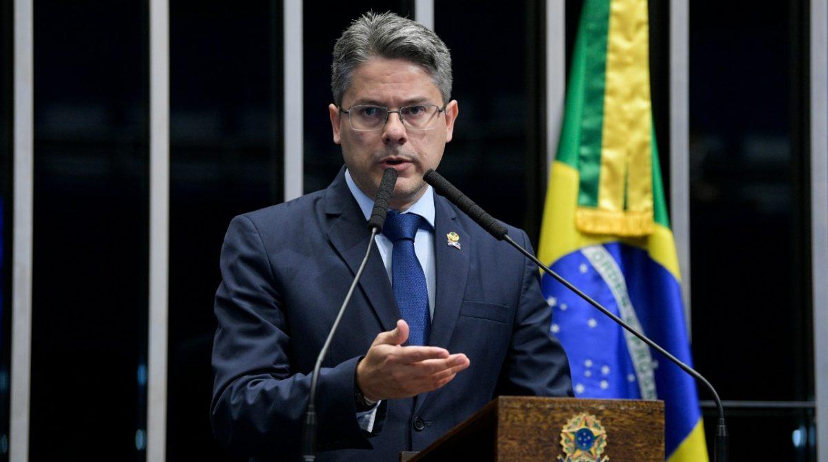 Senador Alessandro fará votação para decidir destino dos recursos de emendas