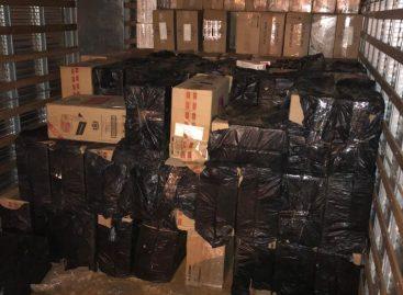 Polícia Federal apreende 20.500 pacotes de cigarros contrabandeados