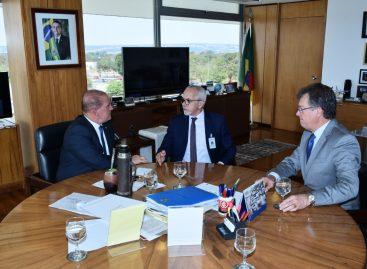Edvaldo busca apoio Lorenzoni para tramitação célere do financiamento de R$ 300 milhões