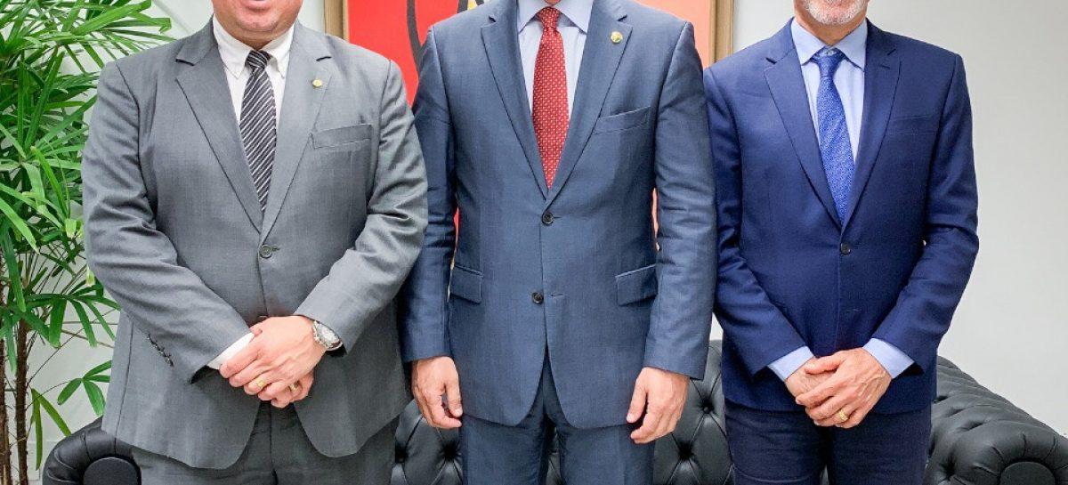 Edvaldo busca apoio dos senadores de SE para financiamento de R$ 300 milhões do BID