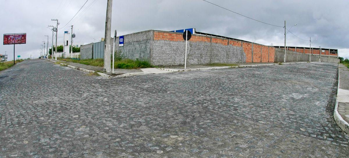 Governo inicia segunda etapa de obras no Distrito Industrial de Simão Dias