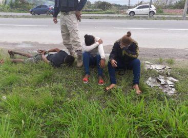 Policial Militar à paisana prende três pessoas e evita assalto a ônibus da  Coopertalse