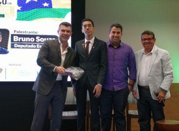Liberdade econômica é tema de debate entre empresários e parlamentar catarinense