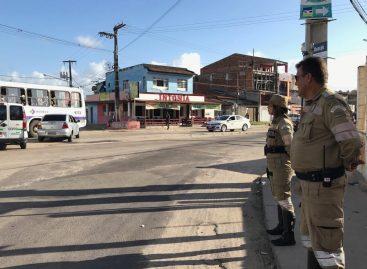 Começa bloqueio no trânsito em trecho da avenida Euclides Figueiredo