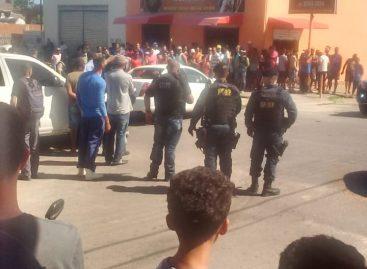 Dois elementos que estariam praticando assalto em Aracaju morrem em confronto com a polícia