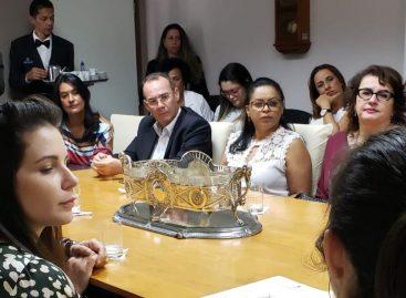 Zezinho Sobral, TJ e Governo debatem implantação do programa Escritório Social