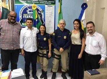 Prefeitura de Itabaiana e PRF firmam parceria para apreender animais soltos em vias