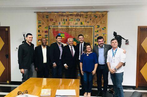 SergipeTec e Unit firmam parceria para realização de oficinas de Alfabetização