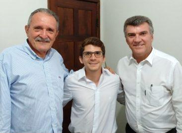 Breno Mendonça, filho de Garibalde, é o novo presidente do DEM de Aracaju