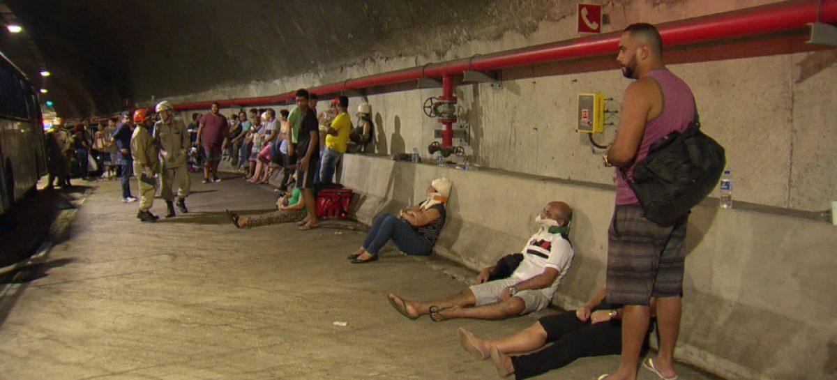 Acidente deixa 51 feridos em túnel no Rio