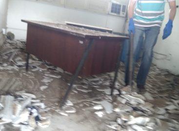 Parte do teto do Batalhão da PM de Itabaiana desaba