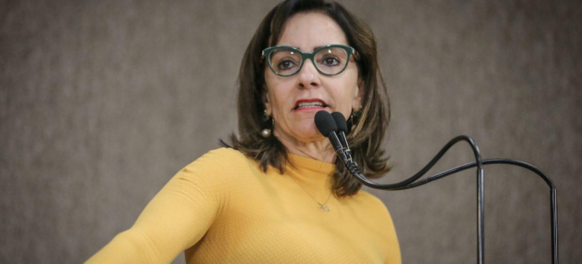 Emília denuncia aumento de quase R$ 4 milhões em renovação do contrato do Nestor Piva