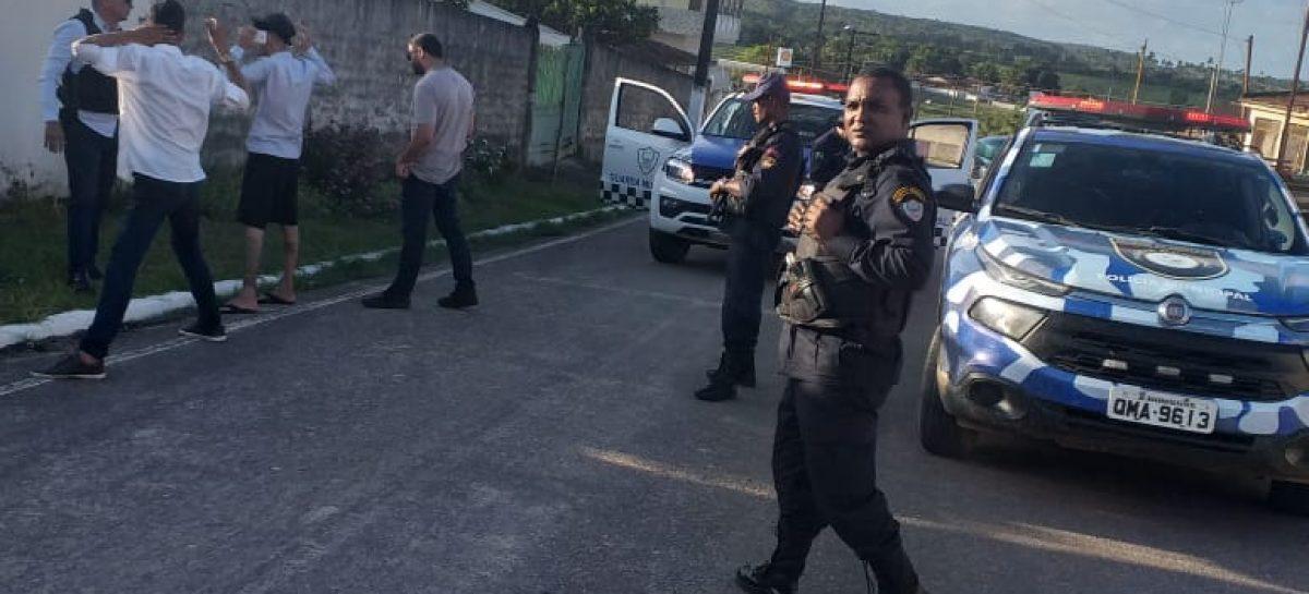 Ação conjunto entre GM de Dores e Rosário evita assalto a ônibus da Copertalse