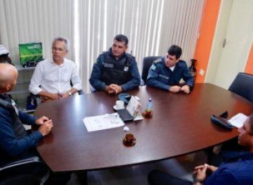 Prefeitura e Polícia Militar discutem ações de segurança para o município