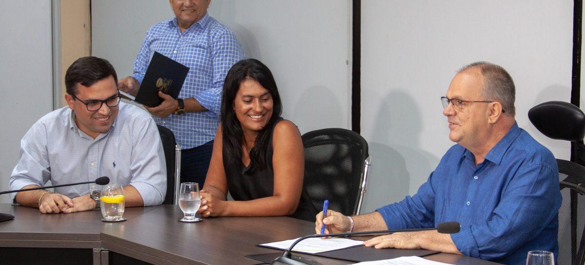 Belivaldo Chagas assina Decreto com as novas normas do Regulamento do Gás Canalizado