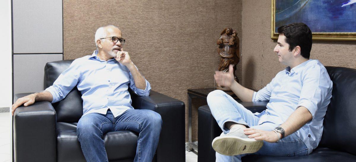 Edvaldo discute com Gustinho Ribeiro emendas para Aracaju