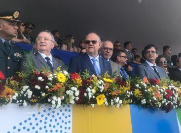 """""""Dia de celebrar o amor da nossa pátria ao lado do povo sergipano"""", diz Belivaldo Chagas"""