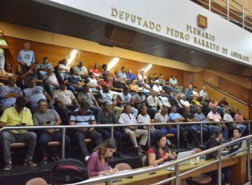 Militares acompanham votação de subsídio para reformados