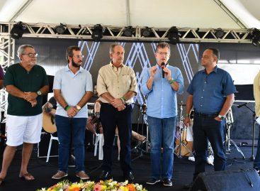 Laércio recebe homenagem durante confraternização dos Corretores de Imóveis em Sergipe