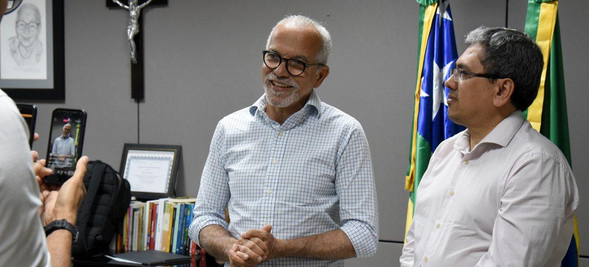 Edvaldo anuncia pagamento dos salários dos servidores para segunda-feira, 30