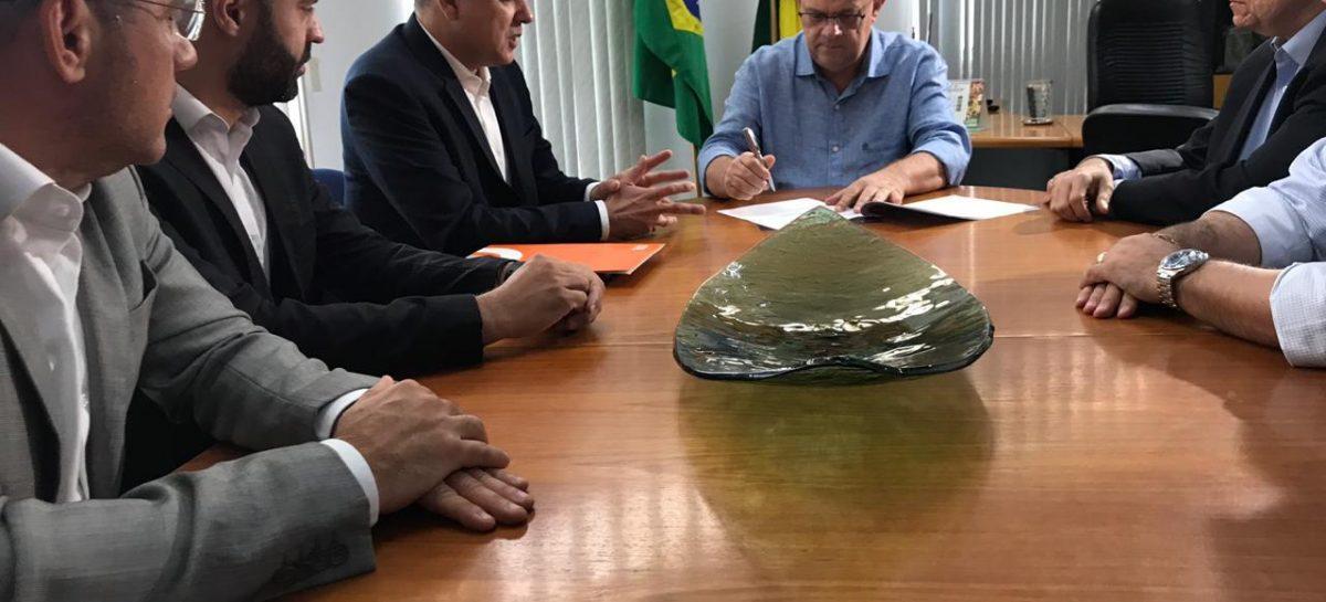 Belivaldo Chagas anuncia cinco novos vôos por semana da Gol para o estado de Sergipe