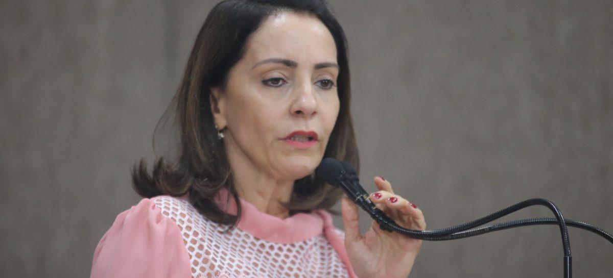 """Não desisti de nada"""", afirma Emília Corrêa sobre eleições municipais"""