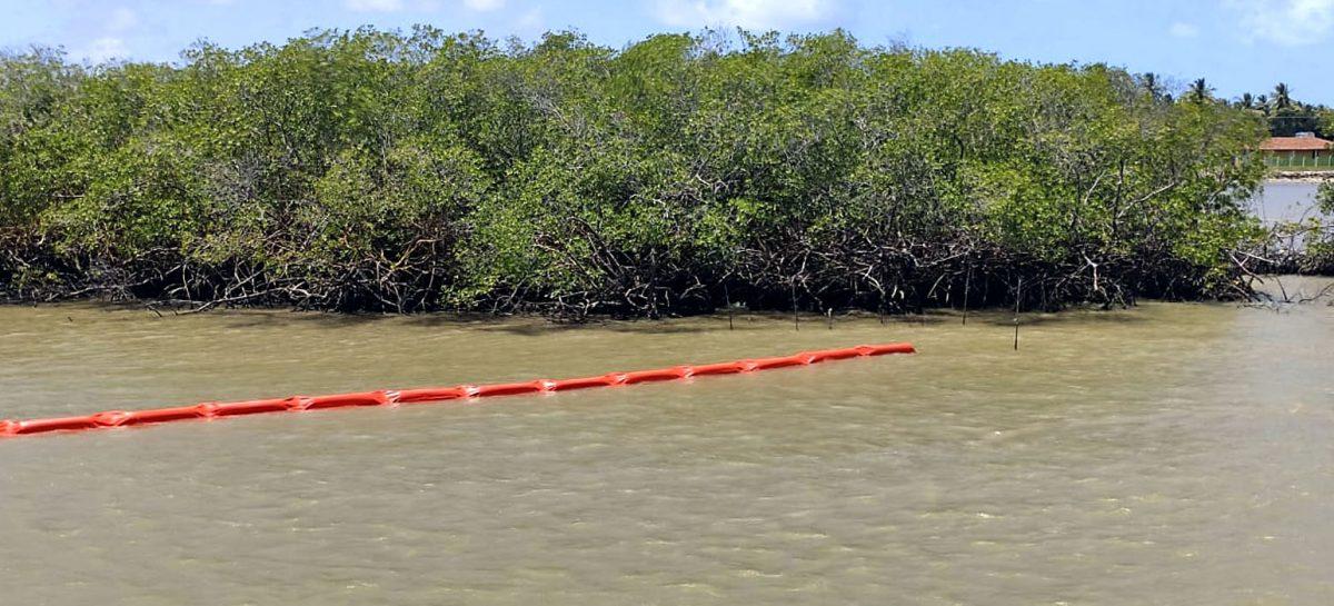 Celse instala 200m de barreiras de contenção no Rio Sergipe