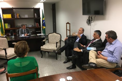 Lagarto terá hospital referência no tratamento de câncer, diz senador Alessandro Vieira