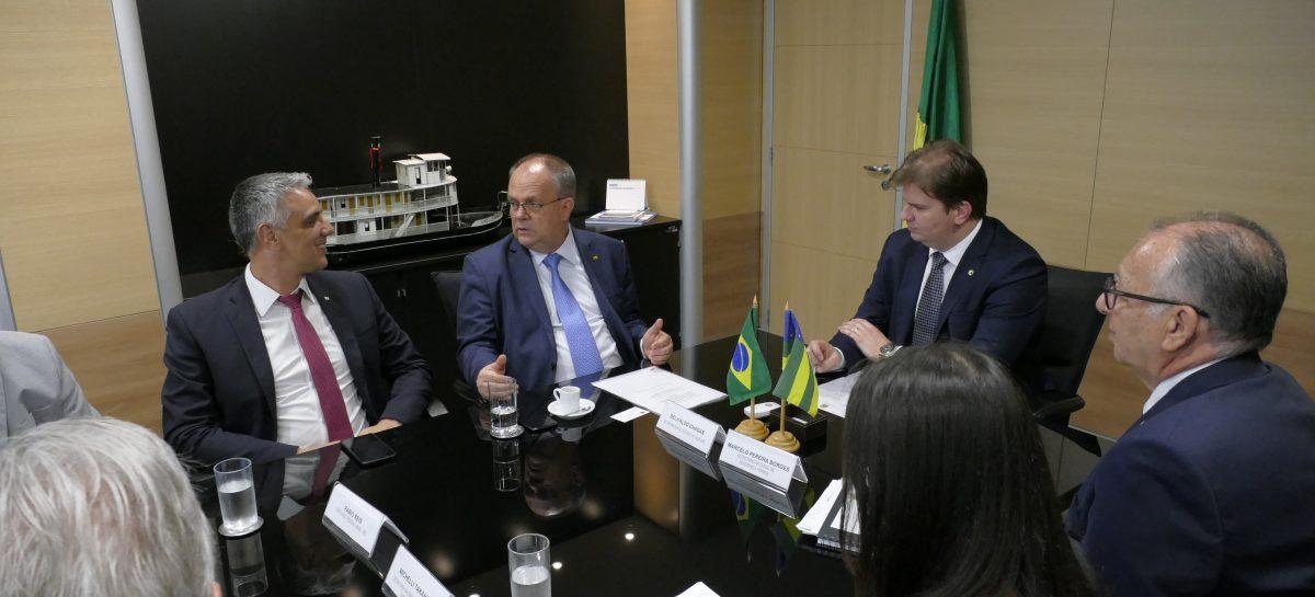 Belivaldo se reúne com ministro do Desenvolvimento para tratar sobre liberação de recursos