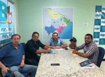 Pré-candidato a prefeito em São Cristóvão, capitão Samuel se reúne com Jony Marcos