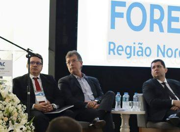 Belivaldo defende maior distribuição de recursos para os estados, durante Fórum com empresários
