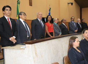 Membros do TCE são homenageados em sessão alusiva aos 30 anos da Constituição estadual