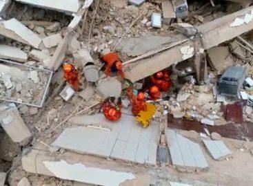 Prédio residencial desaba em bairro de Fortaleza e deixa um morto