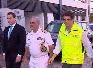 Ministro faz visita rápida a Sergipe para acompanhar análise de óleo