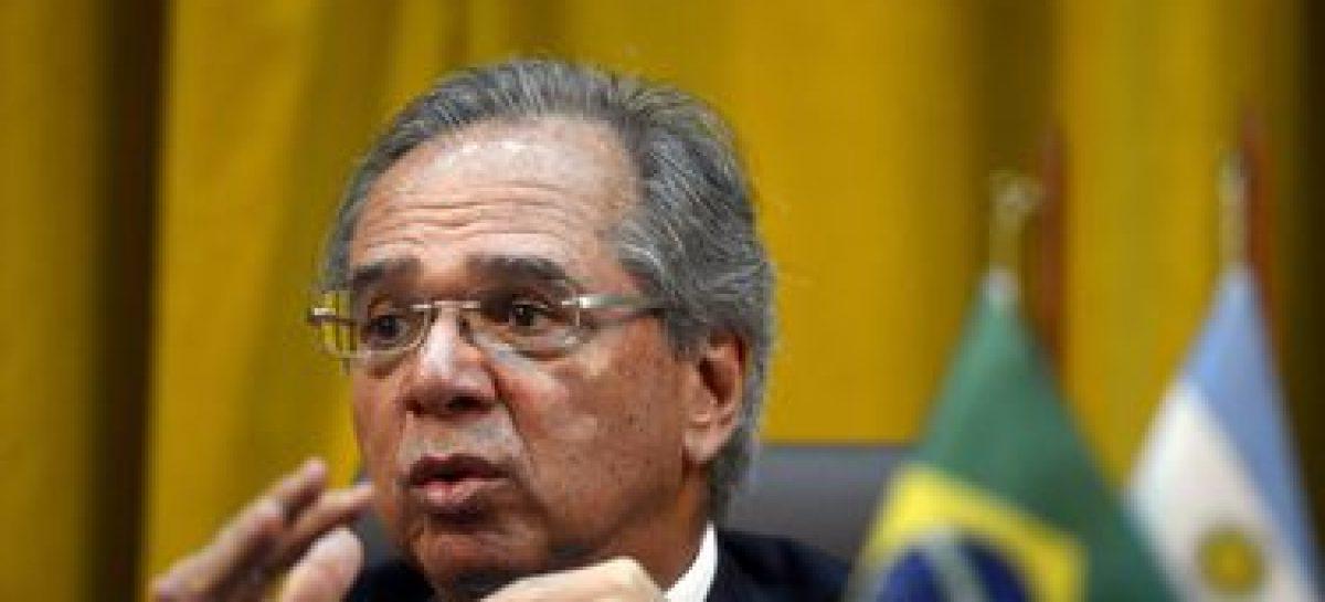 Governo enviará pacto federativo na próxima semana, diz Guedes