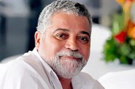 Lula imita Prestes