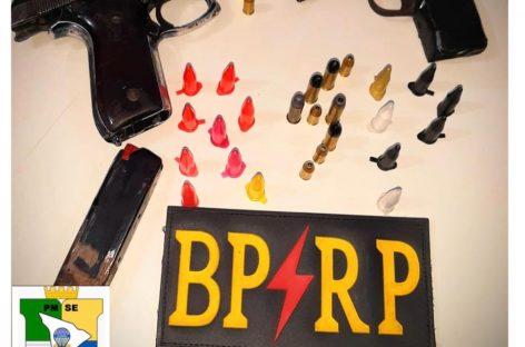 Radiopatrulha aprende armas de fogo, drogas e prende sete pessoas