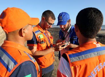 PMA mantém atuação diária para retirar vestígios de óleo das praias da capital