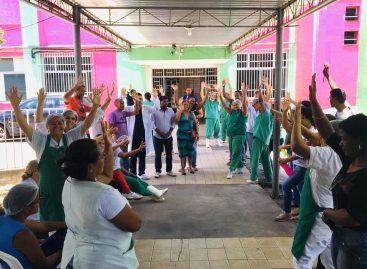 Empregados do Hospital em Estância continuam com suspensão da greve após assembleia