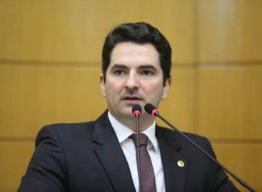 Gustinho Ribeiro é denunciado na polícia por compartilhar fake news