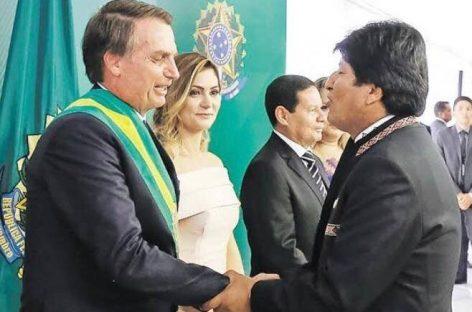 Bolsonaro fala sobre fraudes na Bolívia e renúncia de Evo Morales