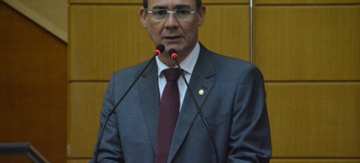 Zezinho Sobral: não se pode afrontar a constituição retirando direito adquirido